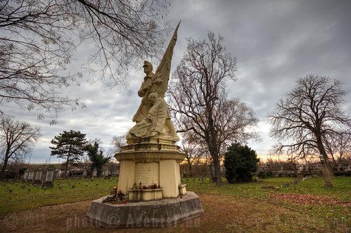 Békéscsaba, Hősi temető - 1800x1200 pixel - 2614646 byte
