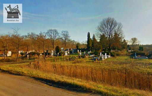 Kisújszállás, nyugati temető, egyházi (református, illetve katolikus) temető. - 760x478 pixel - 131008 byte