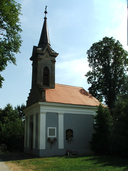 Temetőkápolna - Sásd, régi temető