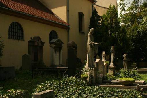- Szentmártoni temető