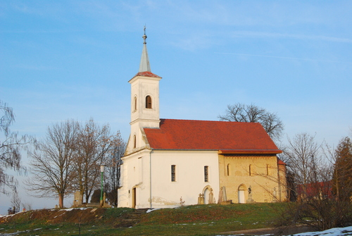 Málomi templom