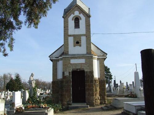 Üllő - Katolikus temető ravatalozója