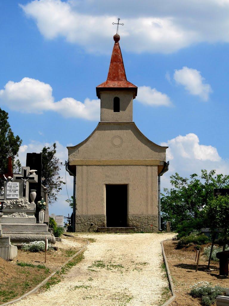 Ócsai temető, kápolna