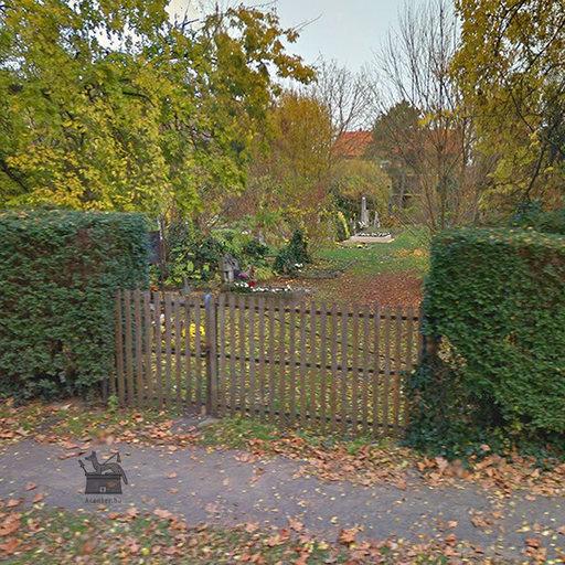 Sárvár, Péntekfalui temető, 9600 Sárvár, Temető utca - 640x640 pixel - 249764 byte
