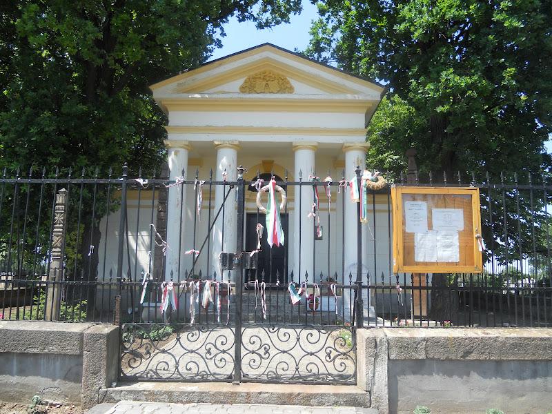 kenderesi temető