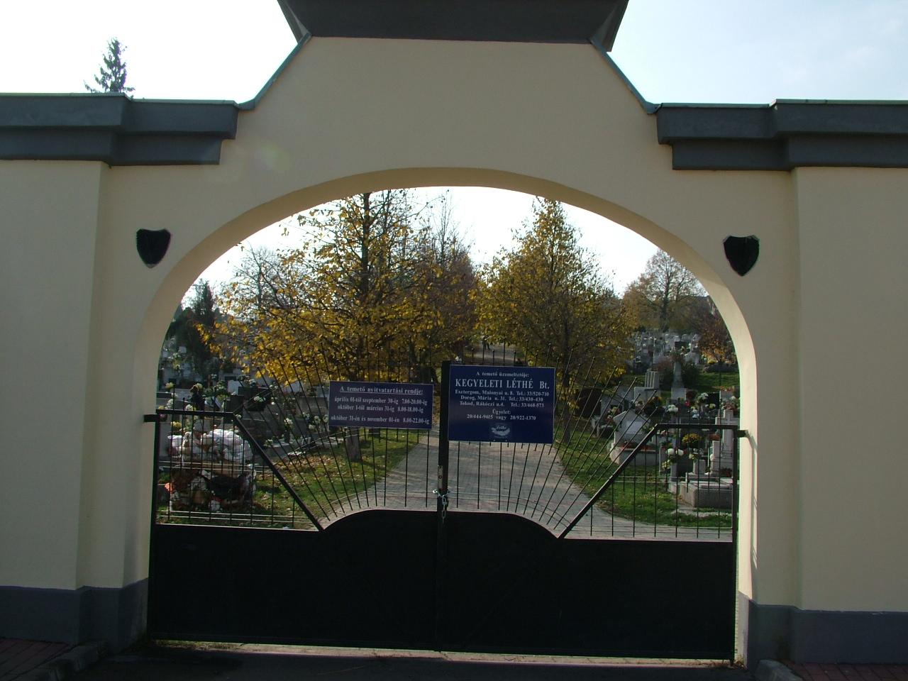 Bécsi uti bejárat